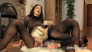 Graceful hottie Dido Angel and her pee fetish girlfriend are making love