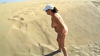 Tight Euro amateur outdoor public anal