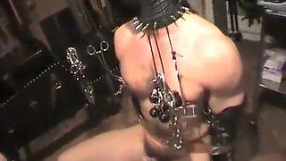 Hardcore nipple streching by beautiful mistress