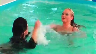 wet look seduction with lesbos