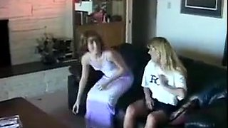Threesome fun on the couch