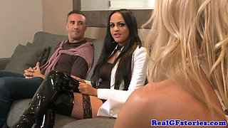 Housewives threeway with hubby and a hooker