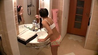 Deep Throat Sister Fucks Him In The Bathroom !