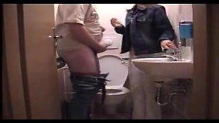 sevgilisine tuvalette sakso turk