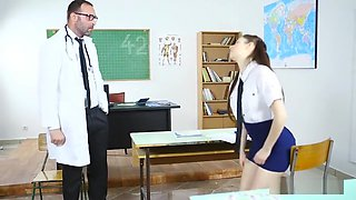 Private anatomy lesson for the naughty school babe