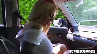 Hottie Alicia gets fucked in the car
