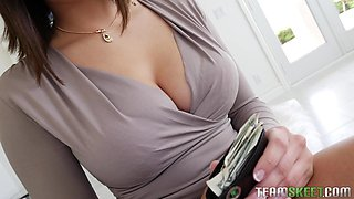 beautiful babe sucks dick in exchange for a car