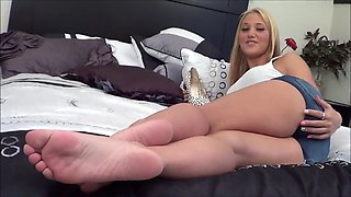 Sexy Blonde Lets You Jerk Off To Her Feet