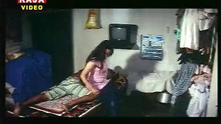 Mallu Reshma With Servant uploaded by venkatmaths
