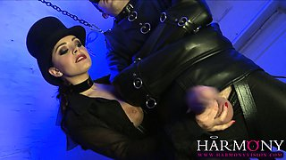 Liza del Sierra gets her kicks in a huge cock threesome