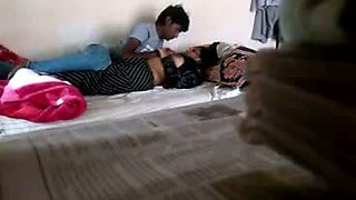 Horny Pakistani guy is seducing pretty coed for sex