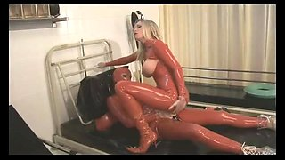 The Rubberclinic - DP Fucking and Pissing