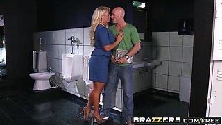 Brazzers - Milfs Like it Big - Alura Jenson Johnny Sins - Pick Up Pussy
