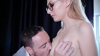 Boss Give Punishment To Obedient Slut Secretary