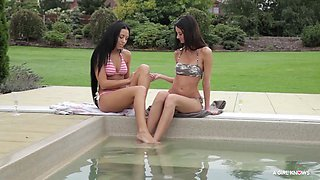 a girl knows - orgasmic lesbian sex session in the pool with stunning Czech girls