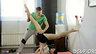 Carnal teen is seducing her concupiscent personal trainer