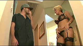 Anal With Very Sexy Housewife