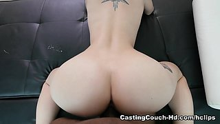 Scarlett Video - CastingCouch-HD 2