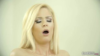 Luscious blonde secretary gets annihilated by her client