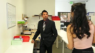 Office whore Violet Myers gets intimate with co-worker right on the table