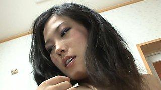 Bondage ties around Yui Komine ensure a good pussy toy