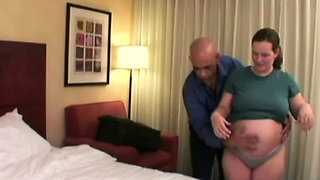 Pregnant hottie takes bald guy's big cock deep in her punani