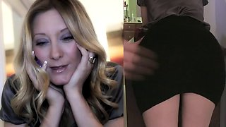 Woman gets caught dirty talking at work. Boss punishes her