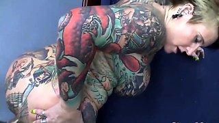 Tattooed Milf Gets Pierced Pussy Banged