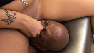 Aggressive face riding black chick takes his cock balls deep