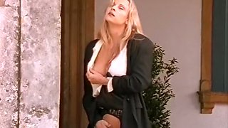 Sizzling hot Italian blonde babe fucked outside in the garden