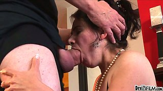 Dark haired kinky cougar Jezebel swallows sugary penis of her guy in 69 pose