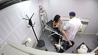 Spanish whorish chick Debora Mendez is fucked on the gynecological chair