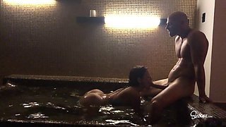 Things get even hotter in the hot tub