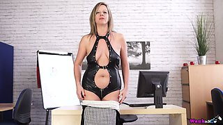 Office whore in latex outfit Lou Pierce is stripping in the office
