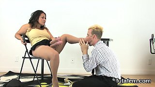 Girls ream fellas anal with monster strap-on dildos and spla