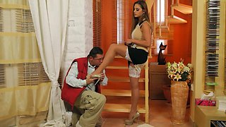 Voluptuous Housewife Screwed Real Hard